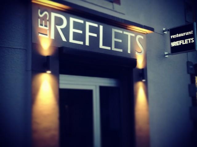 Les Reflets